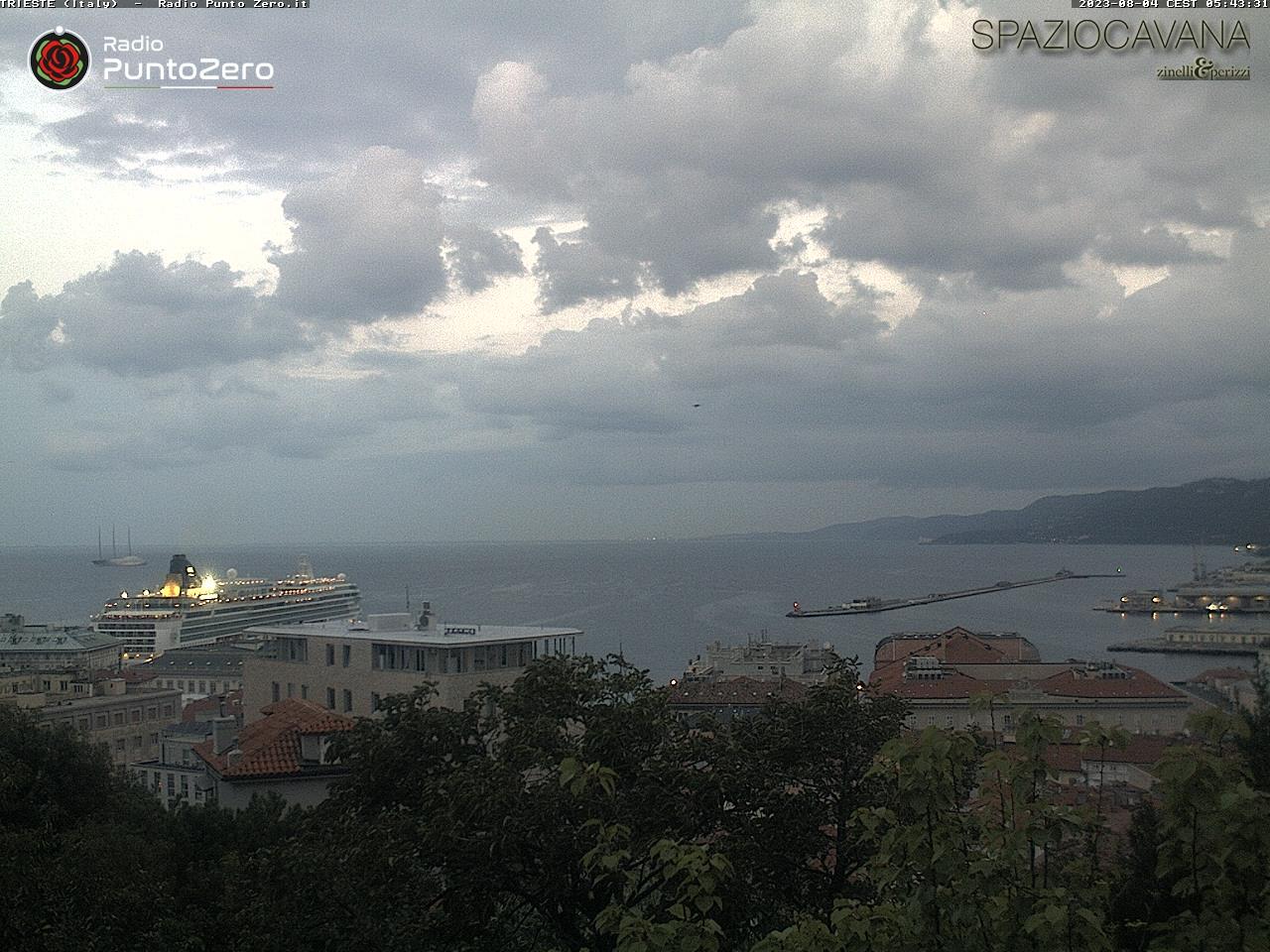 Trieste webcam - Radio Punto Zero Tre Venezie webcam, Friuli-Venezia Giulia, Trieste