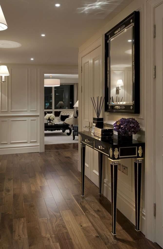 Benvenuti a casa 2 0 come arredare l 39 ingresso radio for Arredare casa in stile classico