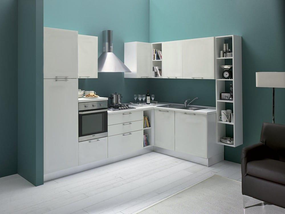 Cucina a angolo stunning cucina cucine con fuochi ad for Accessori pensili cucina