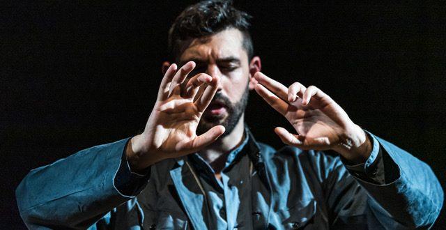 Ritorna per il Teatro Rossetti l'intrigante Valzer per un mentalista