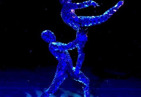 """Il """"Blu infinito"""" in danza di Anthony Heinl"""