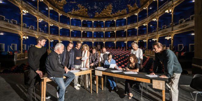 Michele Placido inaugura la stagione del Teatro Rossetti